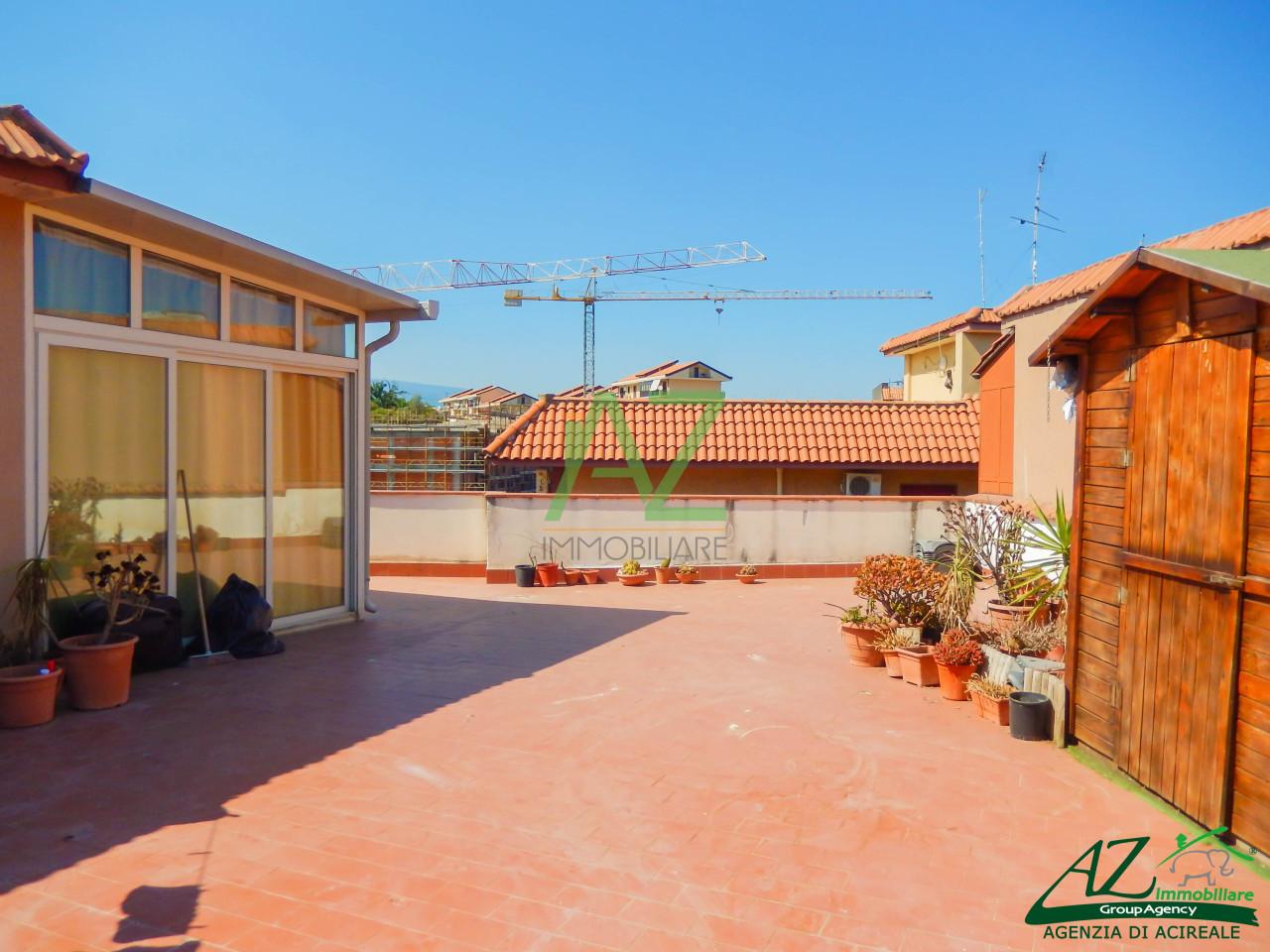 Appartamento in vendita a Aci Catena, 4 locali, prezzo € 97.000 | Cambio Casa.it