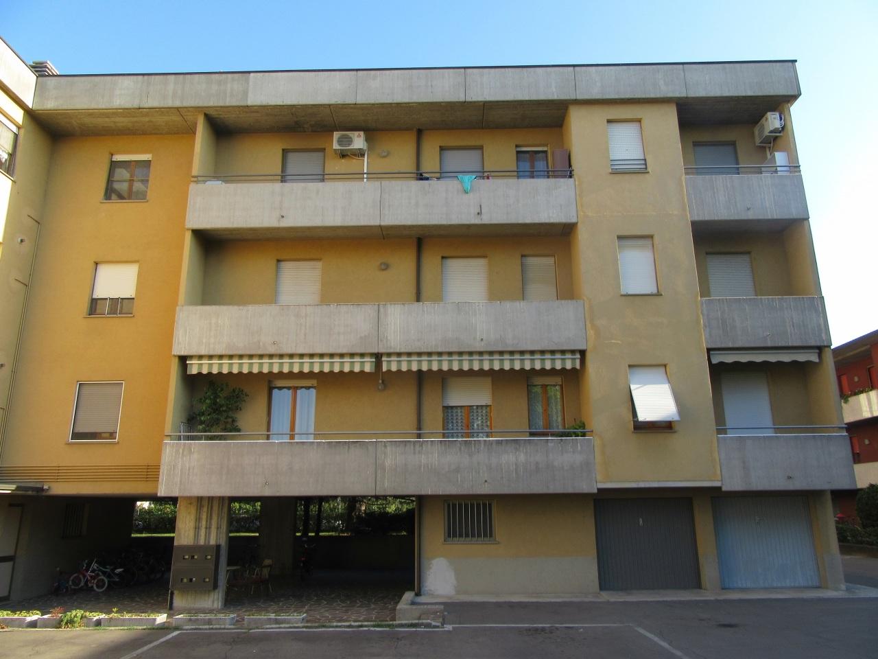 Appartamento in affitto a Fontanellato, 4 locali, prezzo € 450   Cambio Casa.it