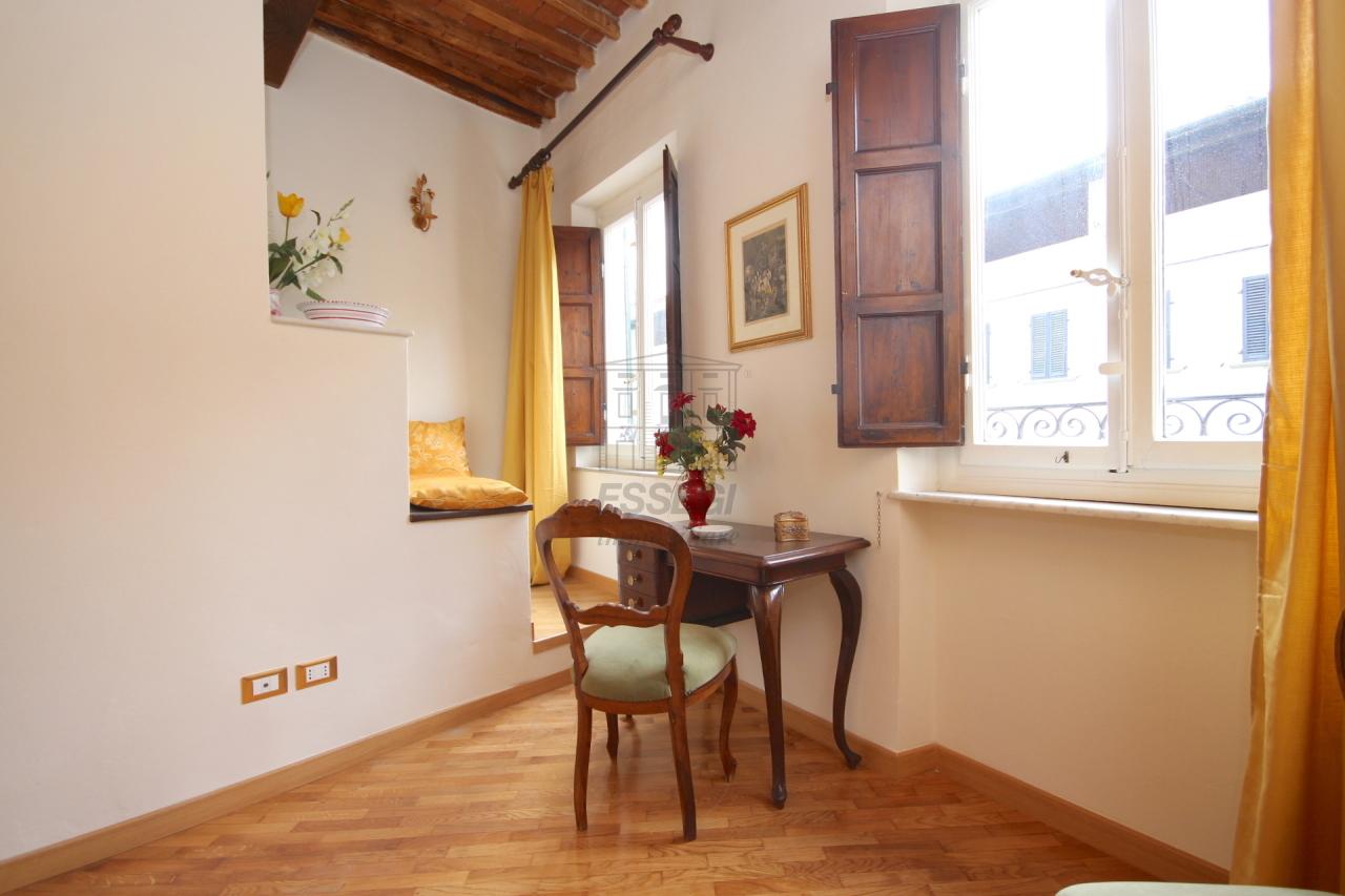 Appartamento Lucca Centro storico IA03309 img 11