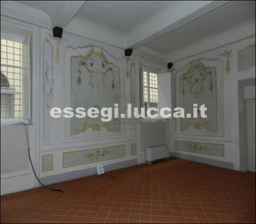 Bilocale Lucca Via Guinigi 5