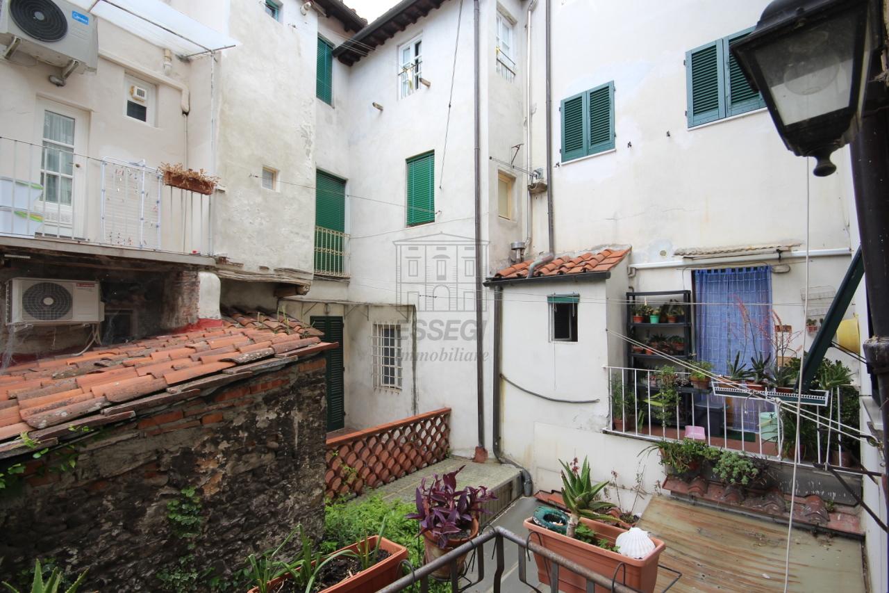 Lucca casa in centro storico totalmente ristrutturata piano primo  img 20