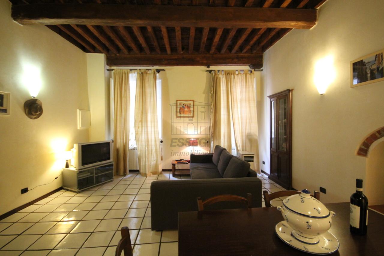Appartamento Lucca Centro storico IA02948 img 2