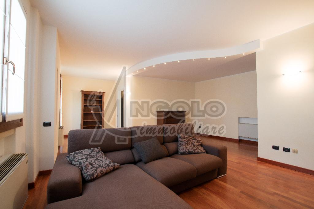 Appartamento, 120 Mq, Vendita - Rovigo (Rovigo)