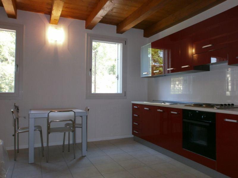 Appartamento in affitto a Lonigo, 2 locali, prezzo € 430 | CambioCasa.it