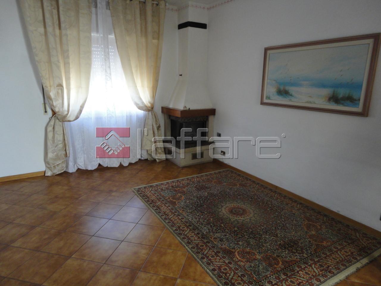Appartamento in affitto a Casciana Terme Lari, 3 locali, prezzo € 500 | Cambio Casa.it