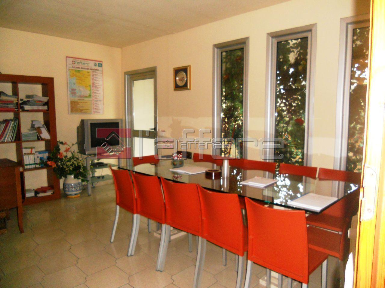 Ufficio / Studio in Affitto a Capannoli
