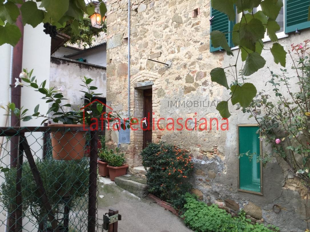 Appartamento in vendita a Chianni, 3 locali, prezzo € 85.000 | Cambio Casa.it