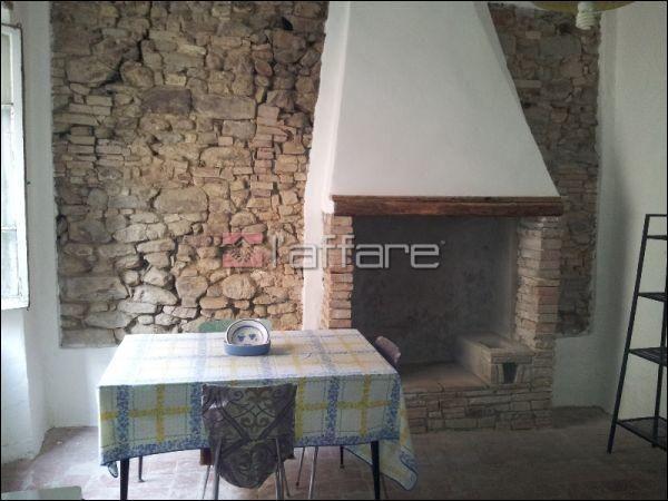 Appartamento in vendita a Chianni, 2 locali, prezzo € 35.000 | Cambio Casa.it