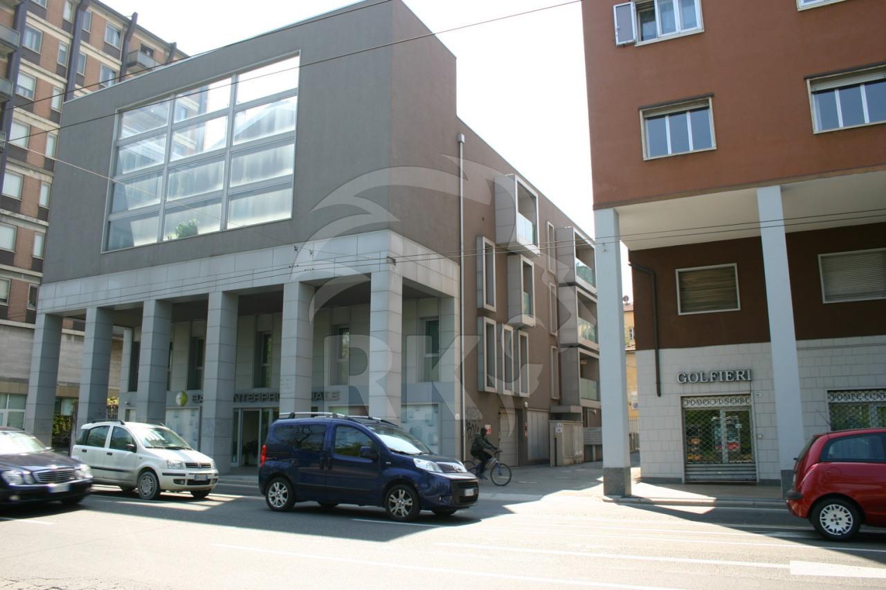 Box / Garage in vendita a Bologna, 1 locali, prezzo € 45.000 | CambioCasa.it