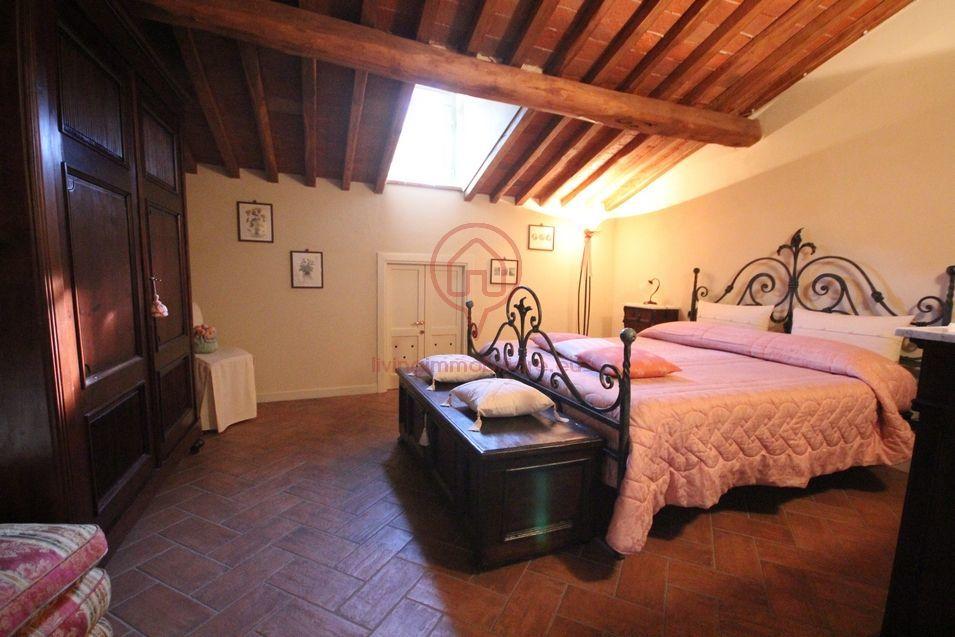 Appartamento lucca vendita 105 mq riscaldamento for Grandi planimetrie dell appartamento