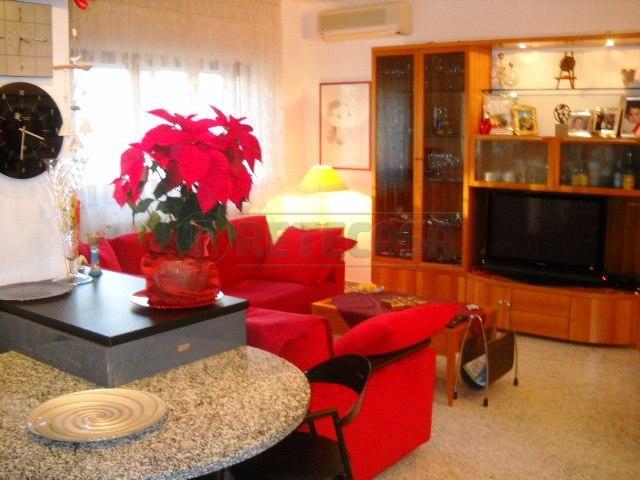 Appartamento in vendita a Locorotondo, 4 locali, prezzo € 150.000 | Cambio Casa.it