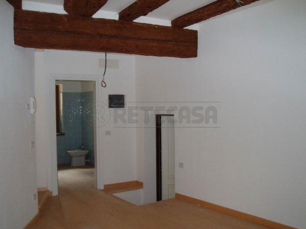 Appartamento in affitto a Belluno, 2 locali, prezzo € 400 | Cambio Casa.it