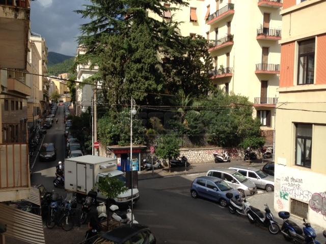 Bilocale Salerno Via Giovanni Cuomo 17 2