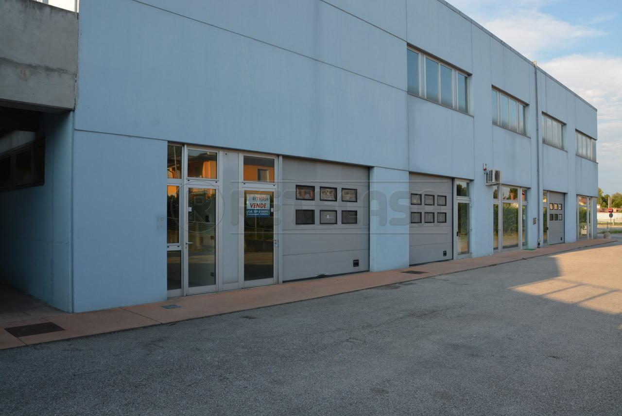 Capannone in vendita a San Giorgio di Nogaro, 2 locali, prezzo € 120.000   Cambio Casa.it