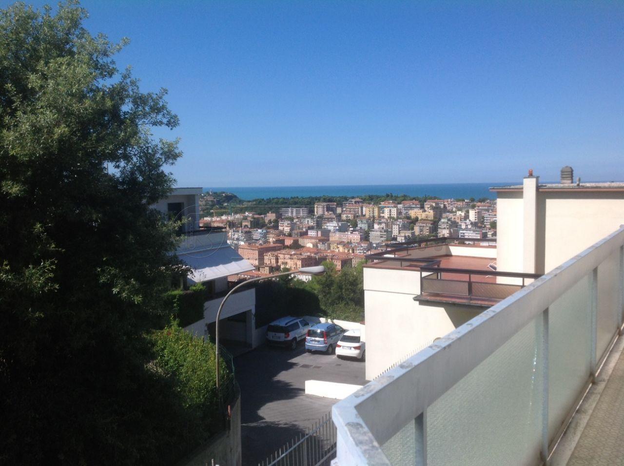 Bilocale Ancona Via Angelini 70 1