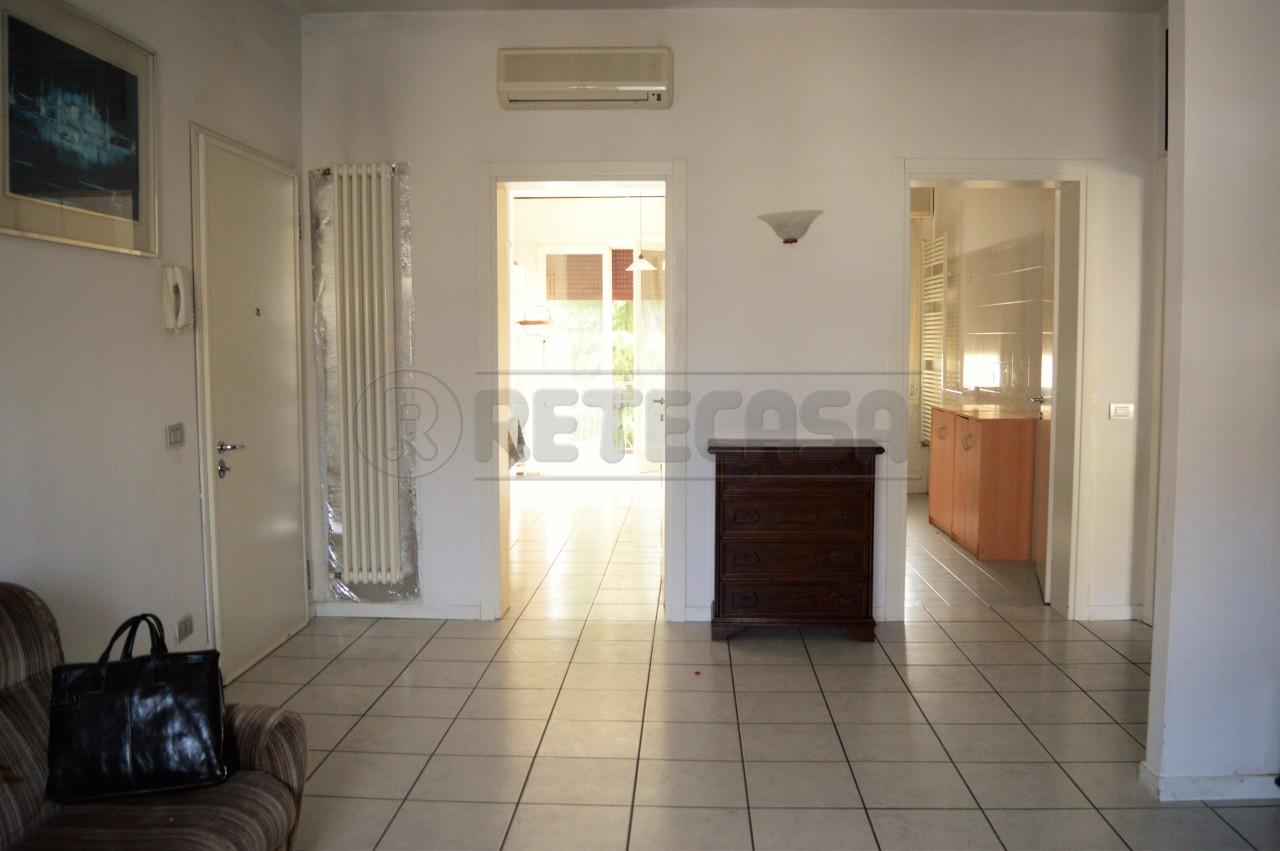 Appartamento in vendita a Montecchio Maggiore, 4 locali, prezzo € 90.000 | Cambio Casa.it