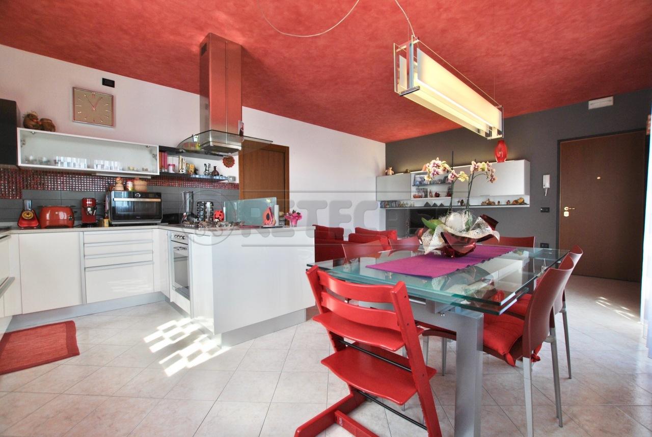 Appartamento in vendita a Brogliano, 9999 locali, prezzo € 149.000 | Cambio Casa.it