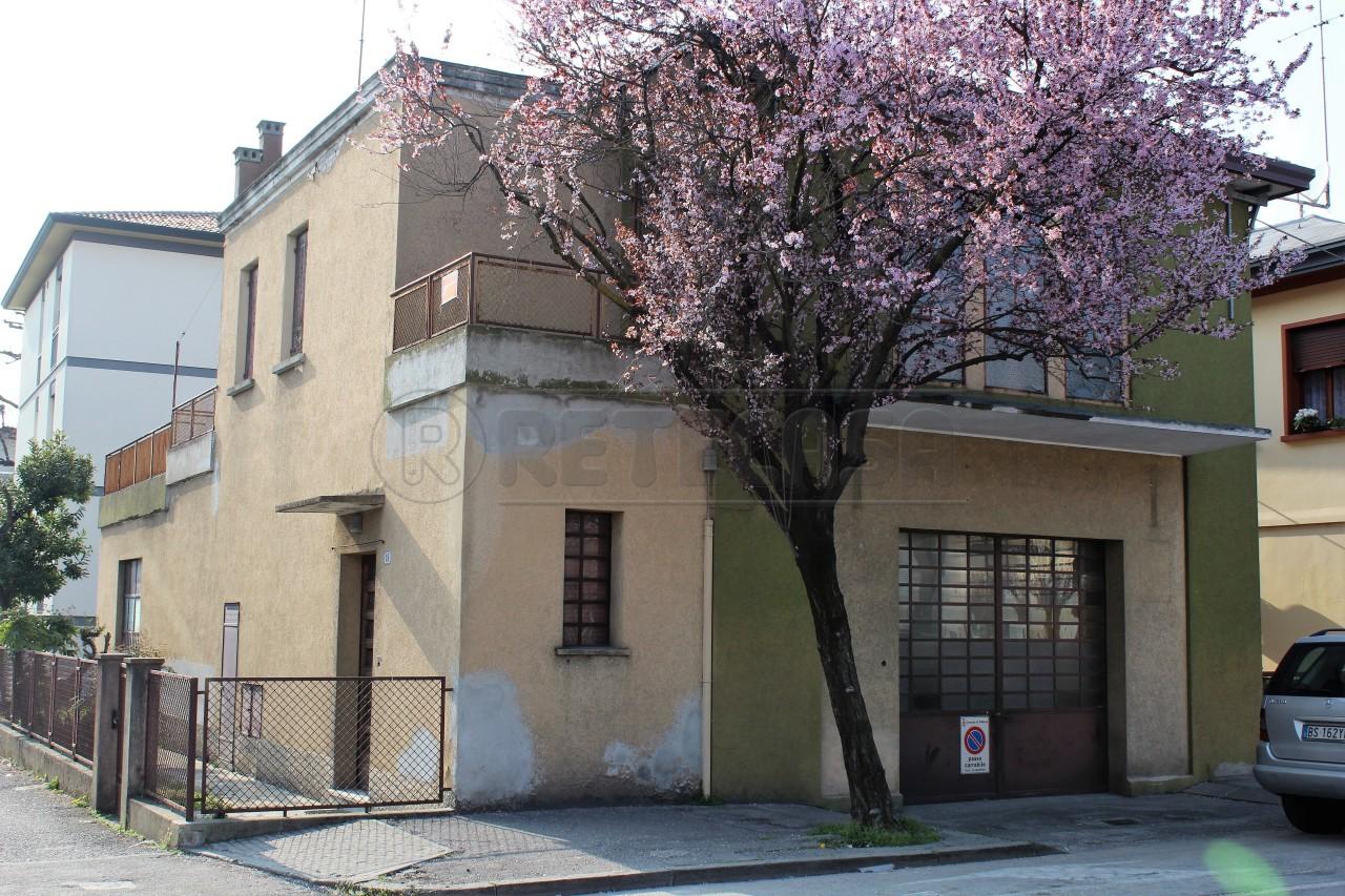 Soluzione Semindipendente in vendita a Padova, 7 locali, prezzo € 60.000 | Cambio Casa.it