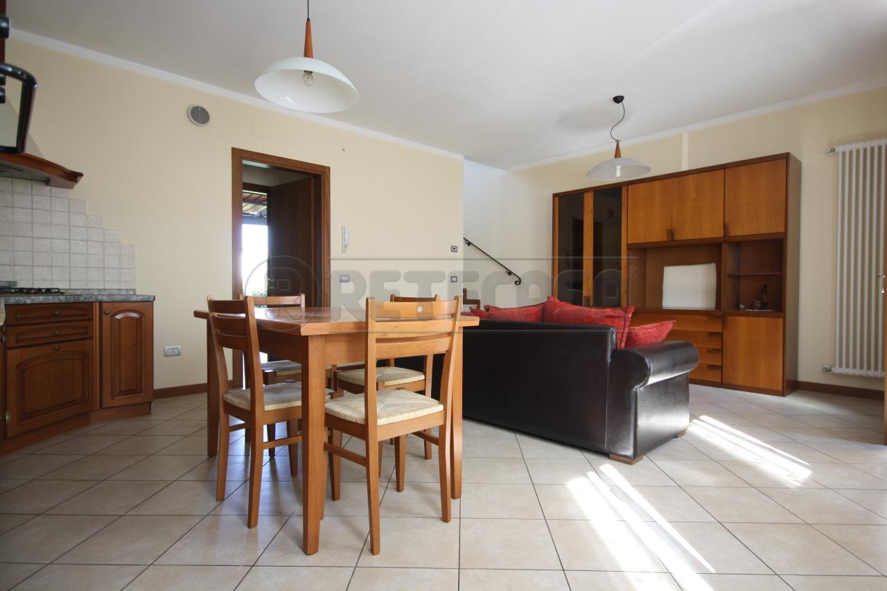 Soluzione Semindipendente in affitto a San Pietro in Gu, 9999 locali, prezzo € 500 | Cambio Casa.it
