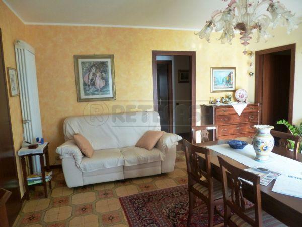 Bilocale Montecchio Maggiore Via Maytteotti 52 4
