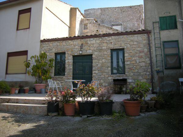 Terreno Edificabile Residenziale in vendita a Caltanissetta, 2 locali, prezzo € 120.000   Cambio Casa.it