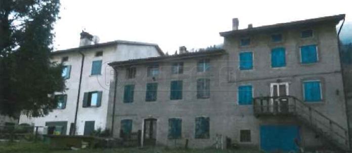 mansarda sottotetto soffitta solaio vendita posina di metri quadrati 234 prezzo 8305 rif asta2204