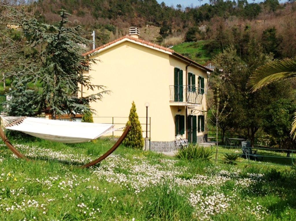 Soluzione Indipendente in vendita a Deiva Marina, 6 locali, prezzo € 350.000 | Cambio Casa.it