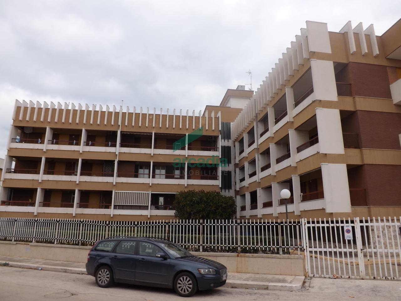 Bilocale Bari Via Luigi Marinelli Giovene 18 3