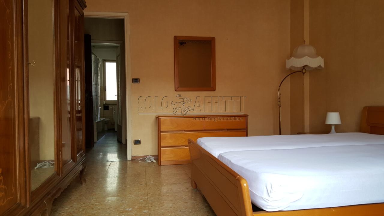 Bilocale Torino Via Romagnano 7