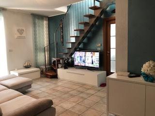 Appartamento in affitto a Rivoli, 4 locali, prezzo € 550 | CambioCasa.it