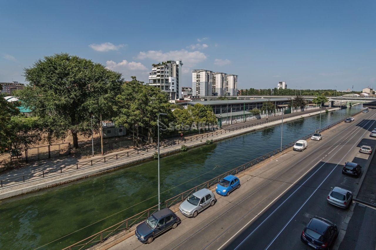 Bilocale Milano Via Lodovico Il Moro 59 1