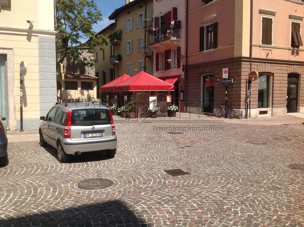 Bilocale Trento Via Don Arcangelo Rizzi 1 2