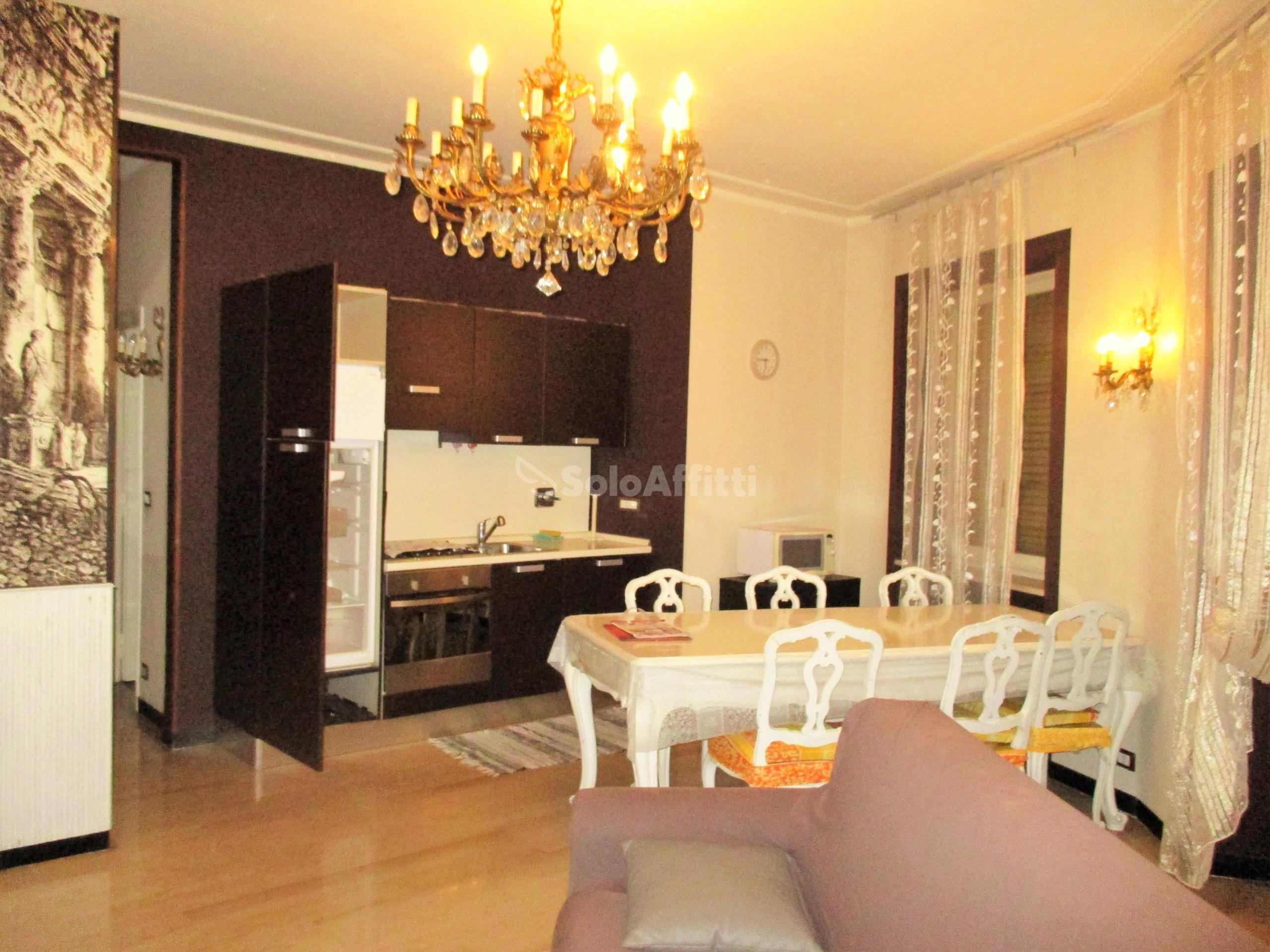 Affitto appartamento bilocale arredato 70 mq for Affitto collegno arredato