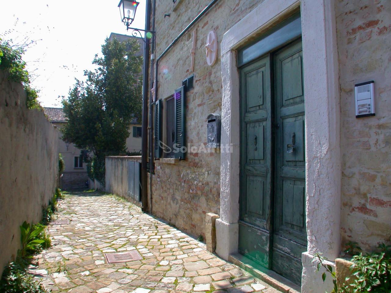 Bilocale Pesaro Centro Del Paese 4