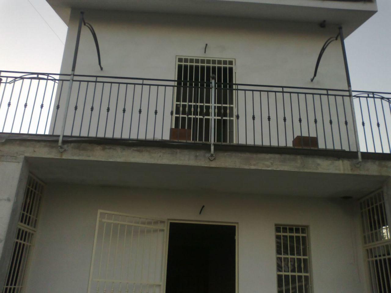 Casa indipendente 5 locali in vendita a Uzzano (PT)