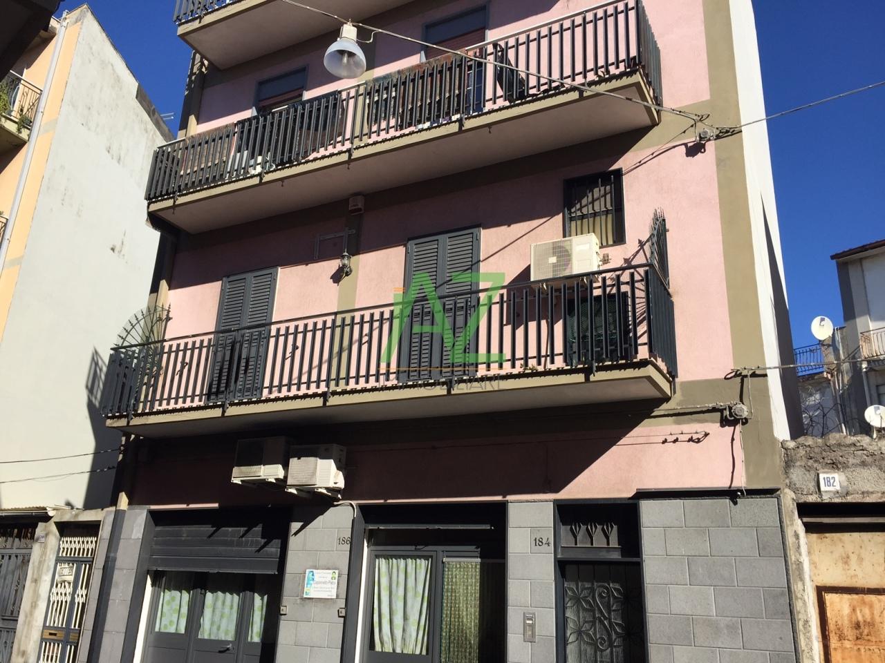 Appartamento in vendita a Misterbianco, 3 locali, prezzo € 85.000 | Cambio Casa.it