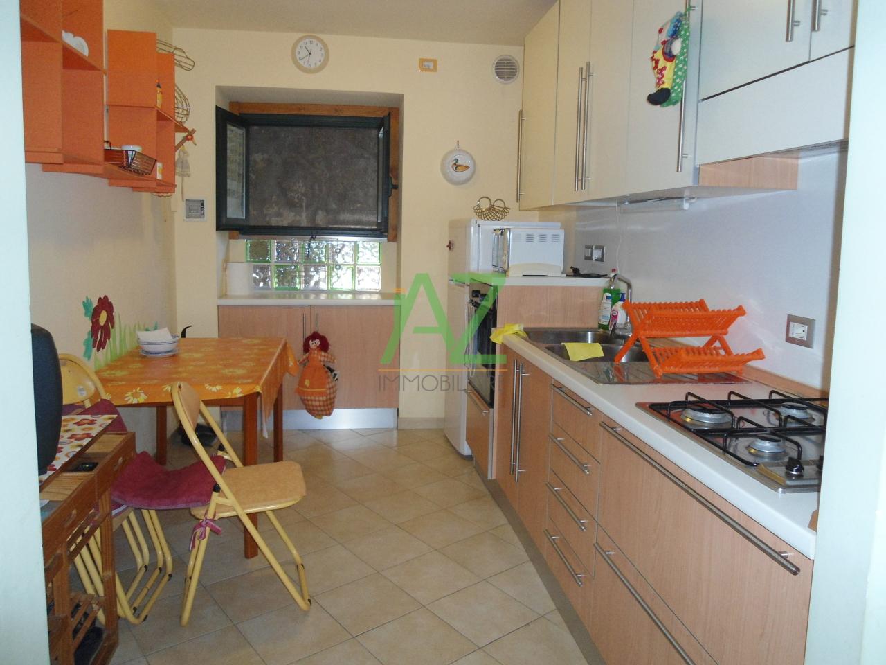 Appartamento in affitto a Acireale, 3 locali, prezzo € 410 | Cambio Casa.it