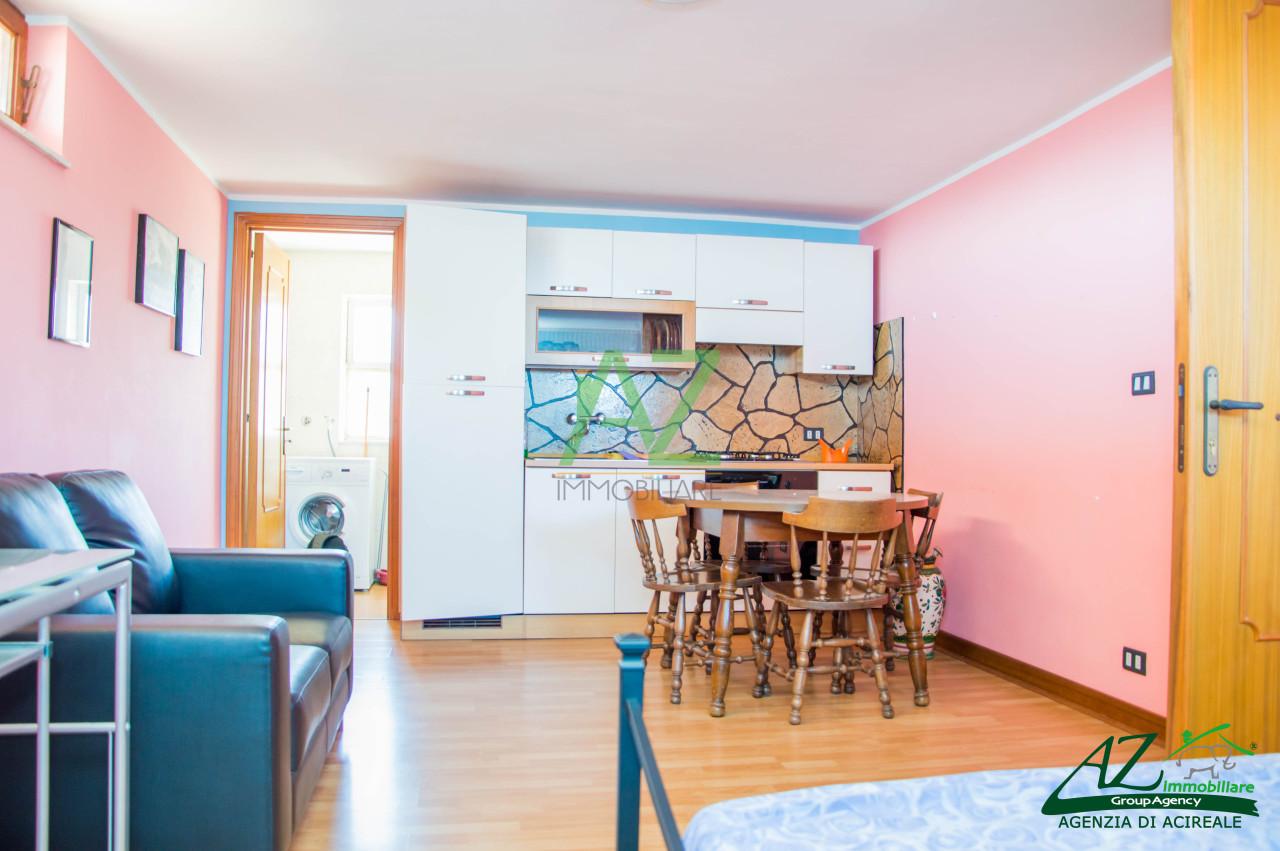 Appartamento in affitto a Acireale, 1 locali, prezzo € 330 | Cambio Casa.it