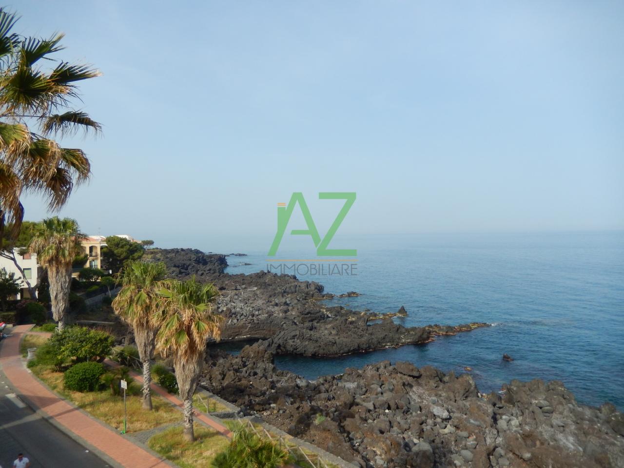 Appartamento in affitto a Acireale, 3 locali, prezzo € 900 | Cambio Casa.it