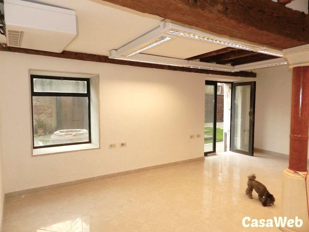 Loft / Openspace in vendita a Venezia, 1 locali, prezzo € 228.000 | CambioCasa.it