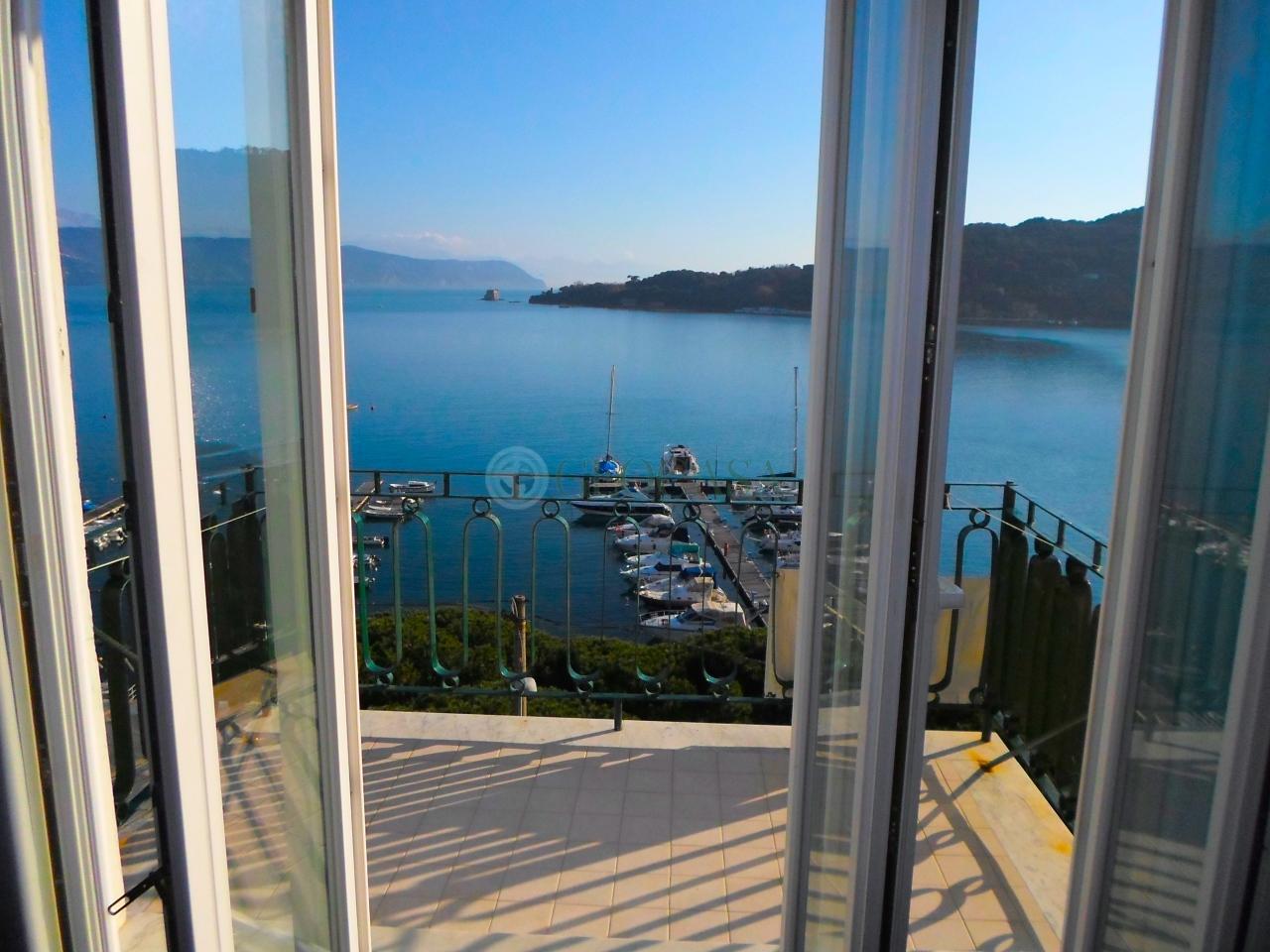 Appartamento in vendita a Portovenere, 3 locali, prezzo € 350.000 | Cambio Casa.it
