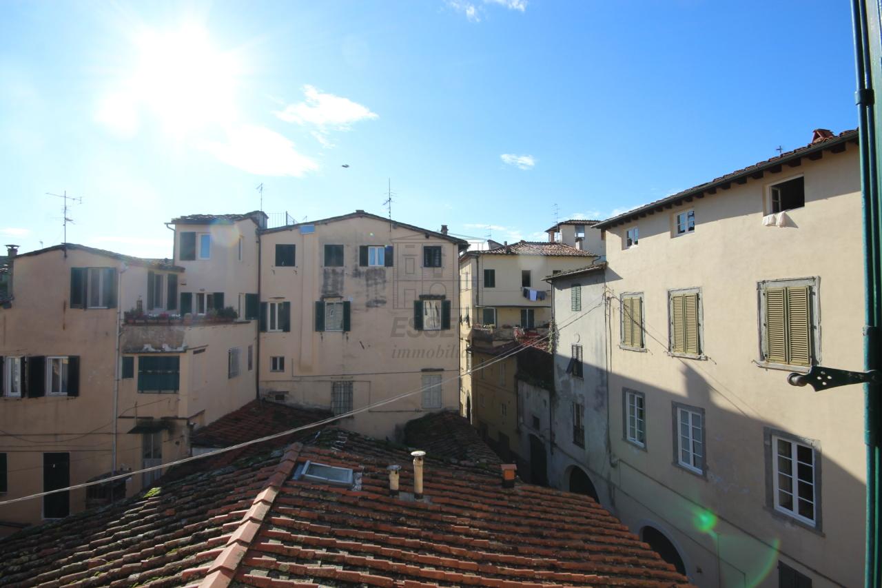 Appartamento Lucca Centro storico IA01519 img 4