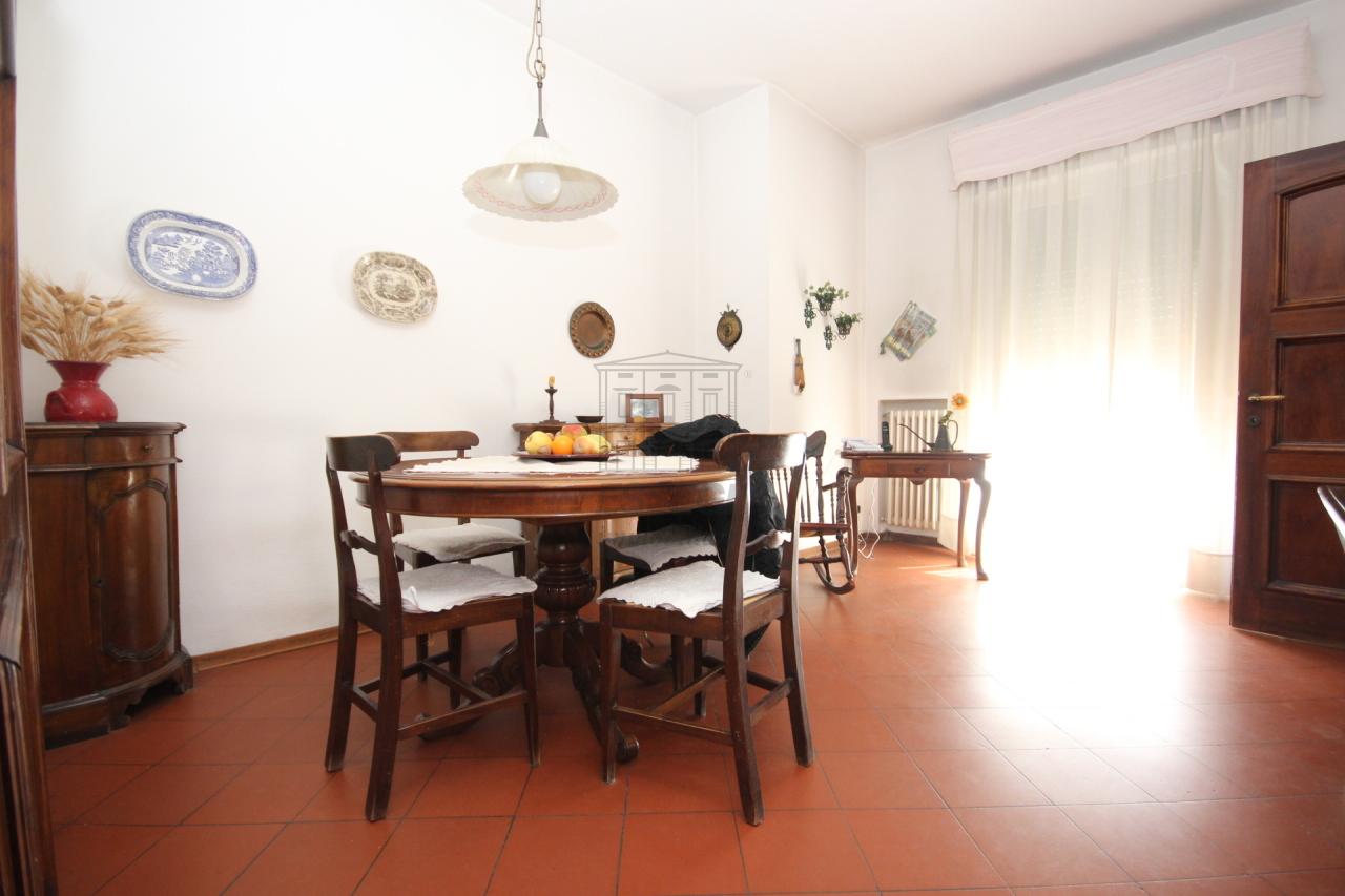 Appartamento Lucca S. Anna IA02945 img 12
