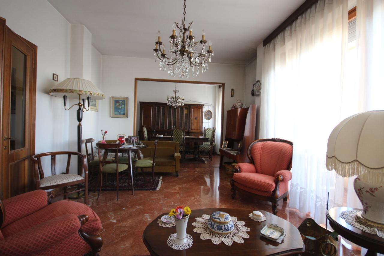 Appartamento Lucca Circonvallazione IA03070 img 5