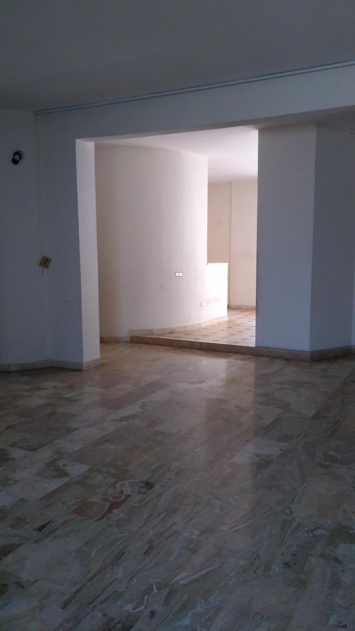 vendita appartamento reggio di calabria   135000 euro  5 locali  160 mq