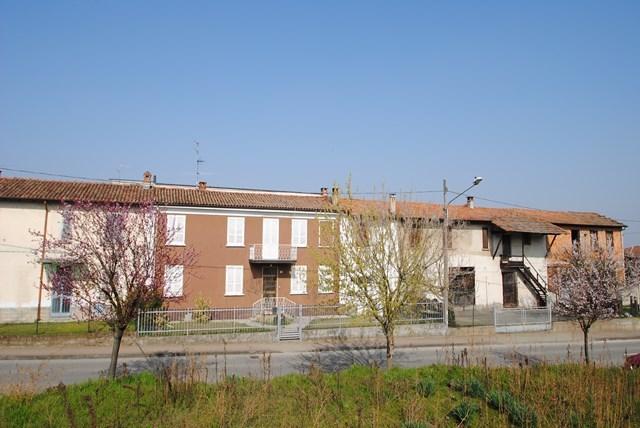 Soluzione Indipendente in vendita a Carbonara al Ticino, 9999 locali, prezzo € 295.000   Cambio Casa.it