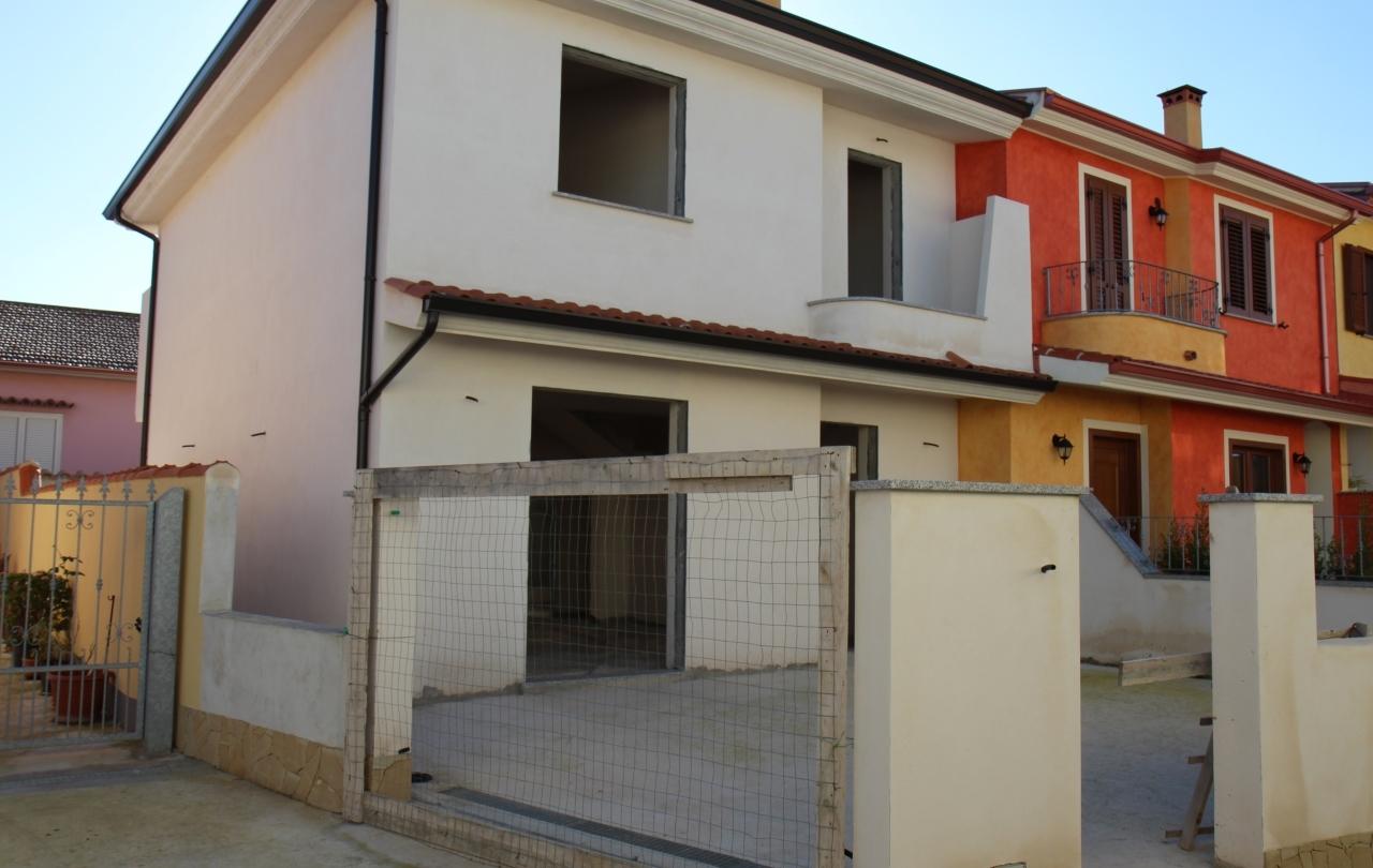 Villa a Schiera in vendita a Nuraminis, 4 locali, prezzo € 139.000 | Cambio Casa.it