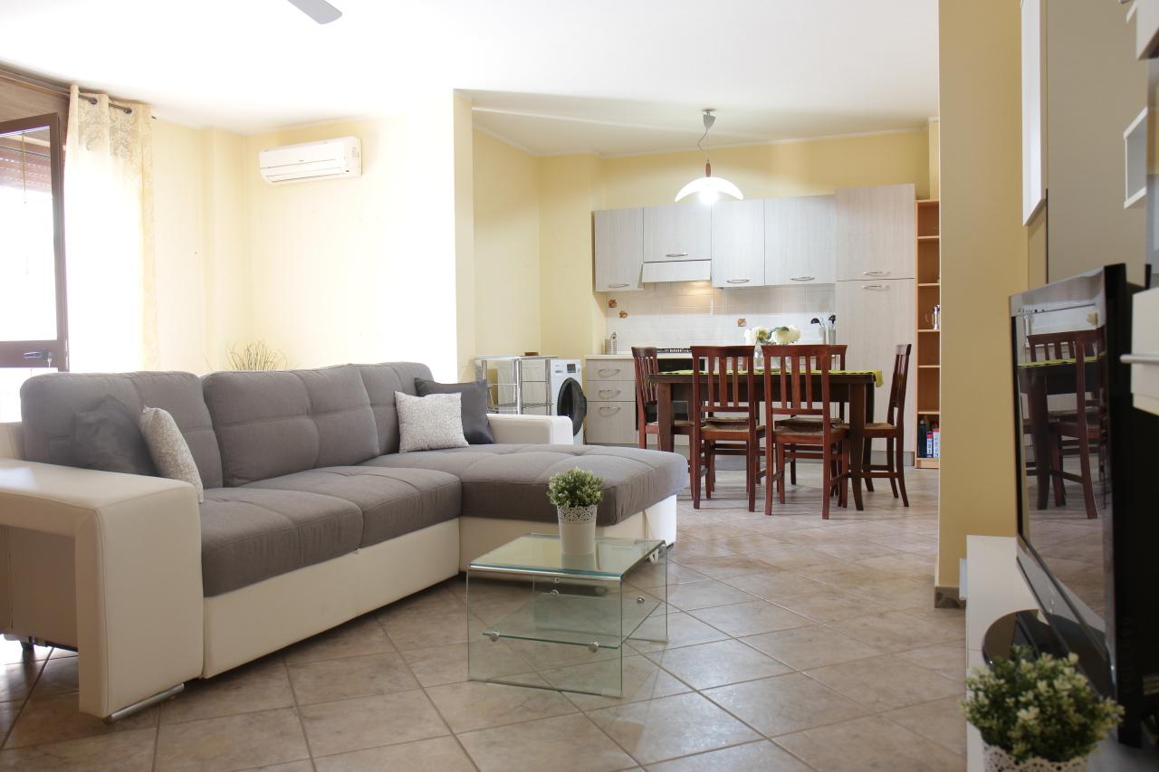 Appartamento in vendita a Uta, 3 locali, prezzo € 100.000 | Cambio Casa.it