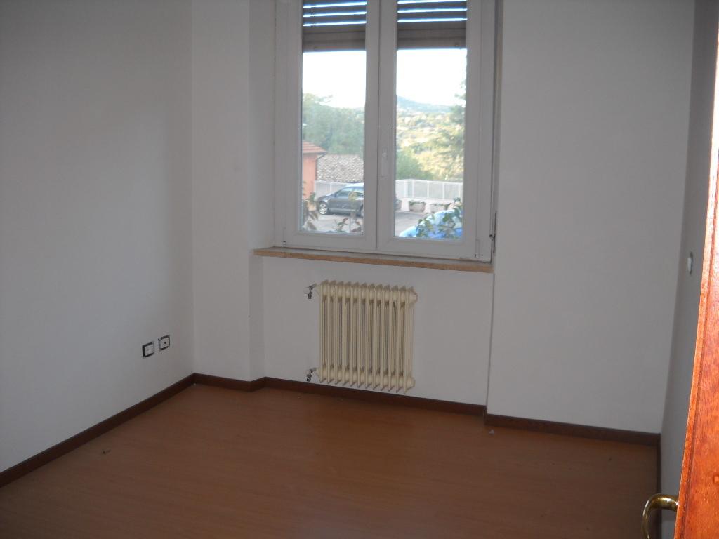 Appartamento trilocale in vendita a Perugia (PG)-10