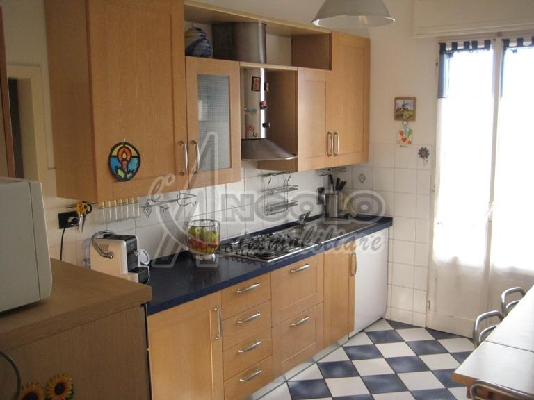 Appartamento in vendita a Voghiera, 5 locali, prezzo € 48.000 | Cambio Casa.it